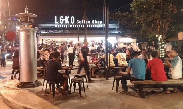 Tempat Hang-Out Baru Di Malioboro Yogyakarta,  LOKO Coffee Shop, Open 24 Jam Nonstop