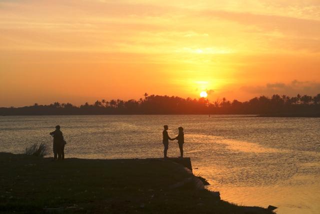 Golden Sunset Di Laguna Depok, Parangtritis, Bantul. Destinasi Digital Wisata Baru Yogyakarta