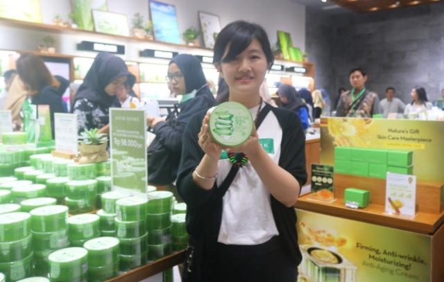 Nature Republic Hartono Mall Yogyakarta Diserbu Pecinta Kosmetik