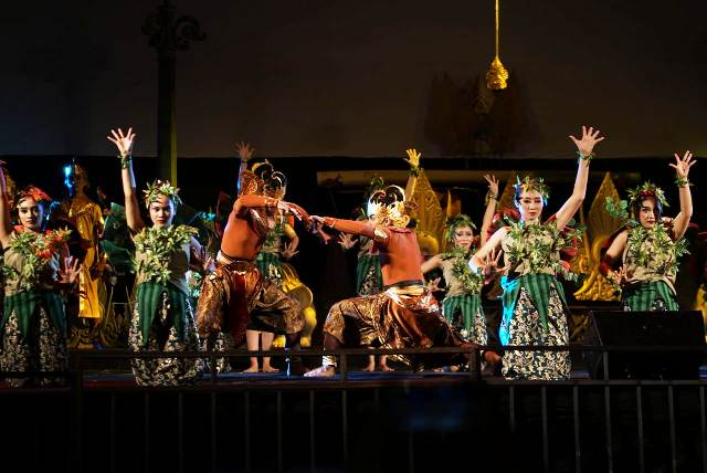 Jogja Cross Culture Hari Pertama, Dari Festival Jamu Hingga Wayang Kota
