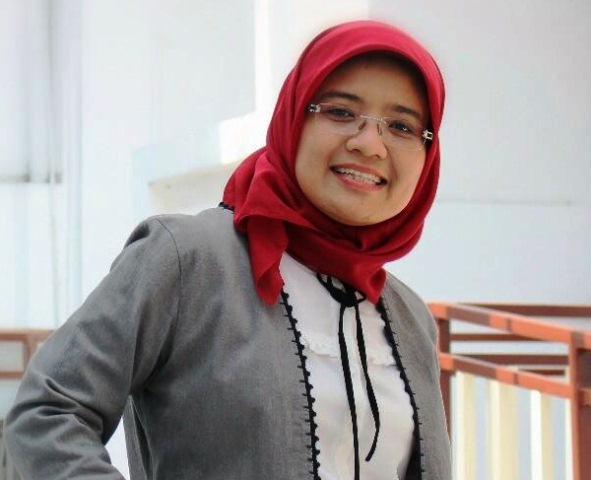 Membaca Cerpen Rumah Nin Di Sastra Bulan Purnama Tembi, Yogyakarta, Senin 19 Agustus 2019.