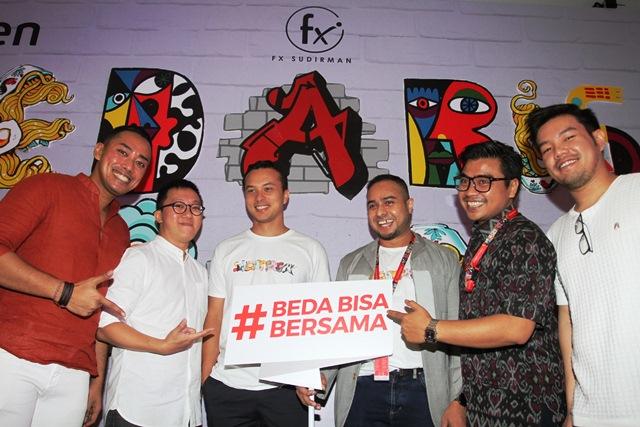 Bersama Menuju Indonesia Unggul, Smartfren, fX, Senimart Ajak Millenials Toleransi Perbedaan