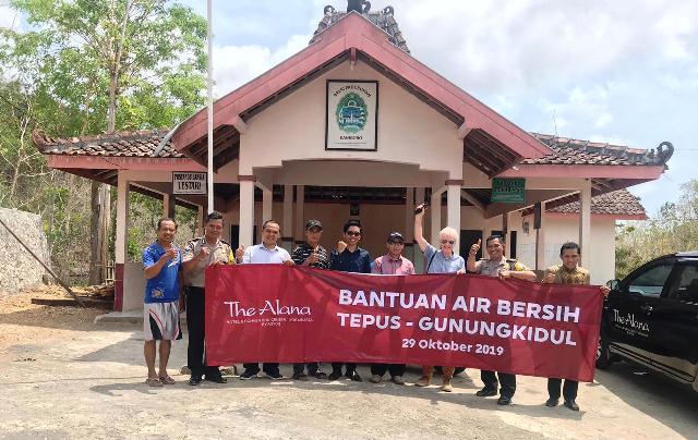 Hadapi Kekeringan Panjang, The Alana Yogyakarta, Salurkan Bantuan Air Bersih