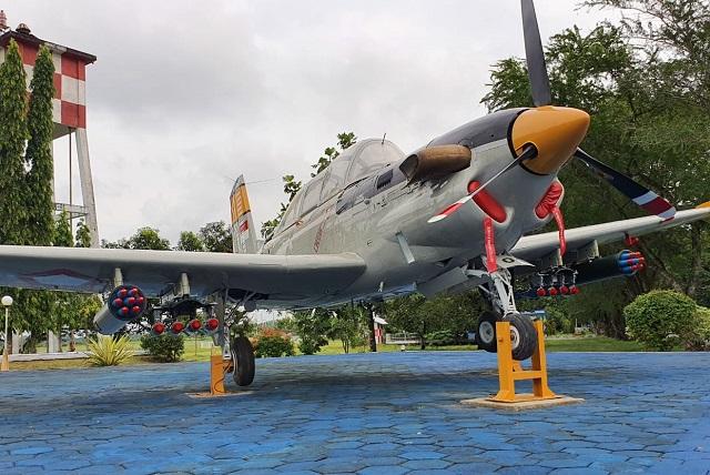 Pesawat Latih Bersejarah T-34 Charlie Sebagai Monumen Bakti Prajurit Kini Dilengkapi Roket dan Bom