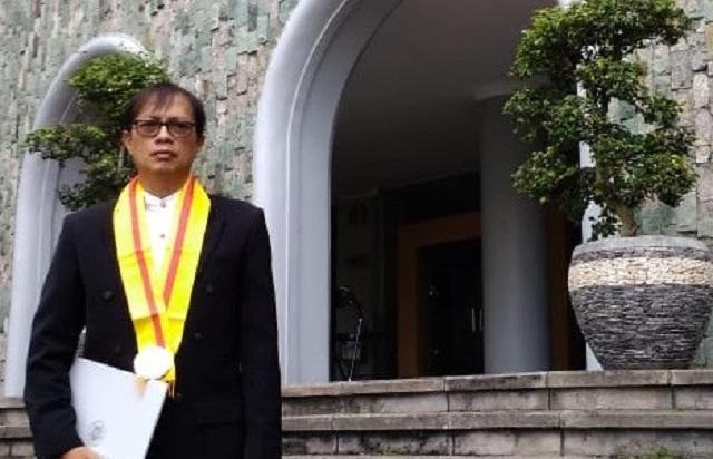Potret kehidupan Kelas Menengah Ber-instagram Antarkan Rama Kertamukti Menjadi Doktor Ke-15 Fakultas Fishum UIN Sunan Kalijaga Yogyakarta
