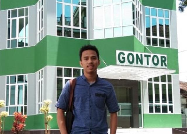 Surya Mahardika, lulusan Program Studi Komunikasi dan Konseling Islam UMY, Membuat Platform Digital Jasa Tukang.