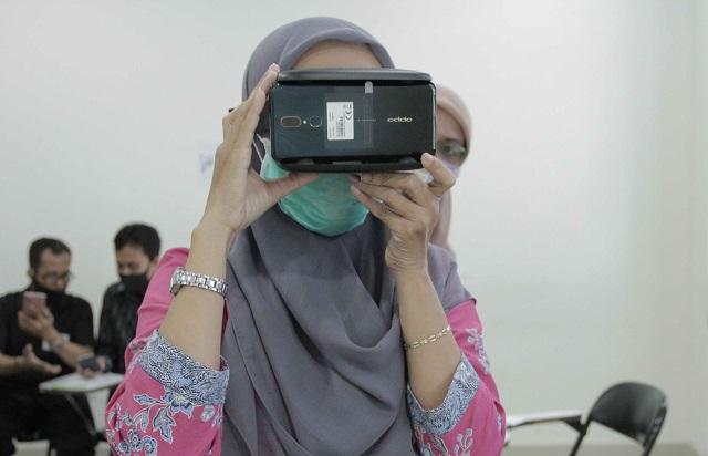 Dosen Universitas Muhammadiyah Yogyakarta Kembangkan Metode Pengajaran Bahasa Inggris Secara Virtual Reality