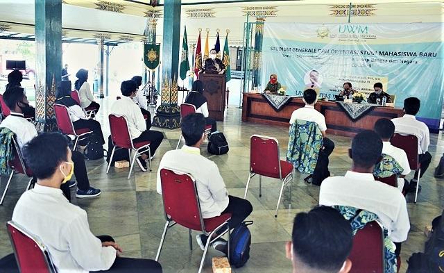 Universitas Widya Mataram Yogyakarta Memupuk Jiwa Nasionalisme Mahasiswa Baru Ditengah Pandemi Covid-19