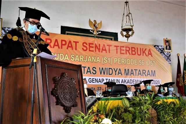 Wisuda Universitas Widya Mataram Periode 56 dan 57, Wisuda Bukan Purna Tugas untuk Berhenti Belajar