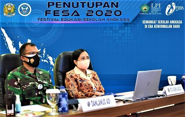 Danlanud dan Ketua Yasarini Lanud Adisutjipto Ikuti Penutupan Festival Edukasi Sekolah Angkasa ke-4, Secara Virtual, Kamis, 14 Januari 2021