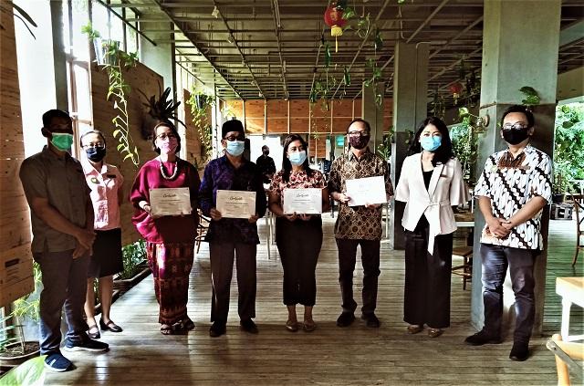 Greenhost Boutique Hotel Yogyakarta Berbagi Kasih Kepada Sesama