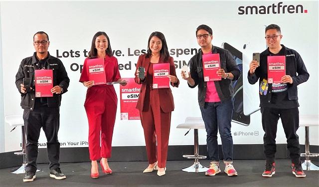 Smartfren Hadirkan Cara Baru Mendapat eSIM Secara Digital Tanpa Perlu Keluar Rumah