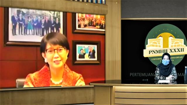 MenLu Retno Marsudi Hadiri PNMHII ke-32 Secara Daring di Universitas Muhammadiyah Yogyakarta