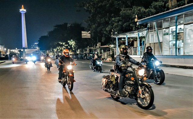 Royal Enfield Ride After Dark Cara Seru Riding Menikmati Ibukota Malam Hari