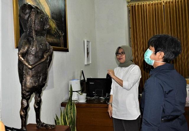 Introspeksi, Patung Tiga Matra Karya Pupuk DP, Dipamerkan di Studio Podcast Kutunggu Di Pojok Ngasem UWM Yogyakarta