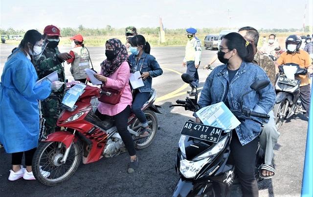 Lanud Adisutjipto Yogyakarta Gelar Vaksinasi Drive Thru Untuk Difabel Di Lapter Gading Gunung Kidul